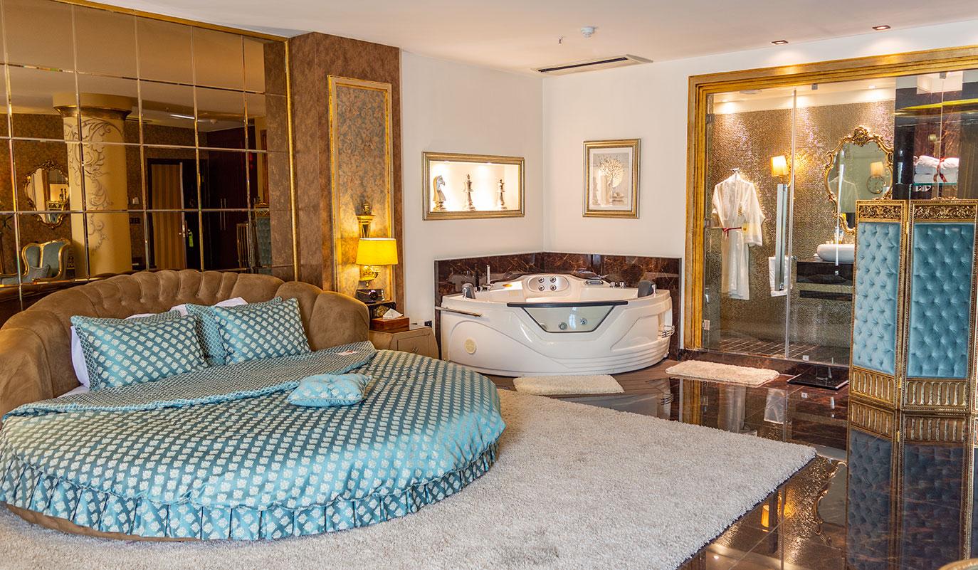 Senator-Suite-TajMahal-Hotel-Tehran