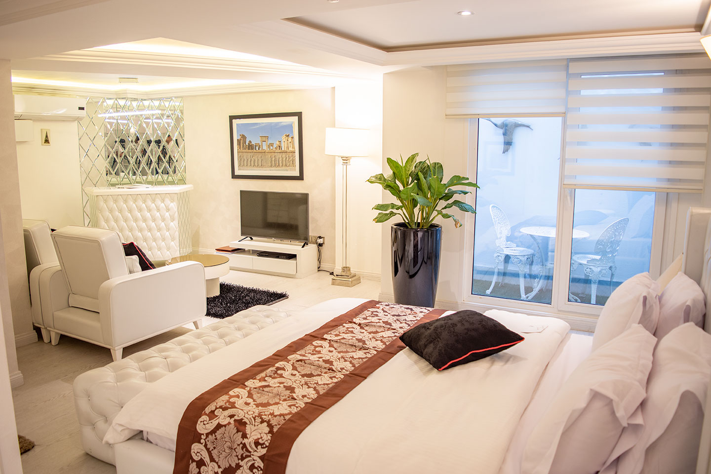 Room and Suite